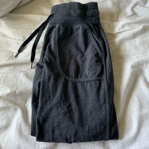 lululemon joggers/sweatpants